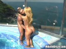 Macho drills killer blonde in water